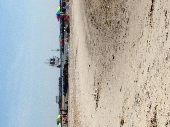 Cape Charles Beach: lovely beach for relaxing