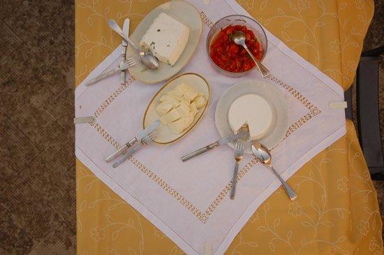Palazzo Leuzzi B&B: And now... cheese!