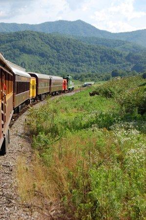 Great Smoky Mountains Railroad: 3