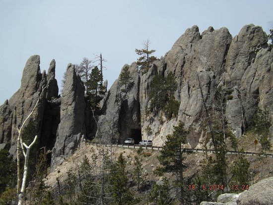 Peter Norbeck Scenic Byway : Along Needles Hwy