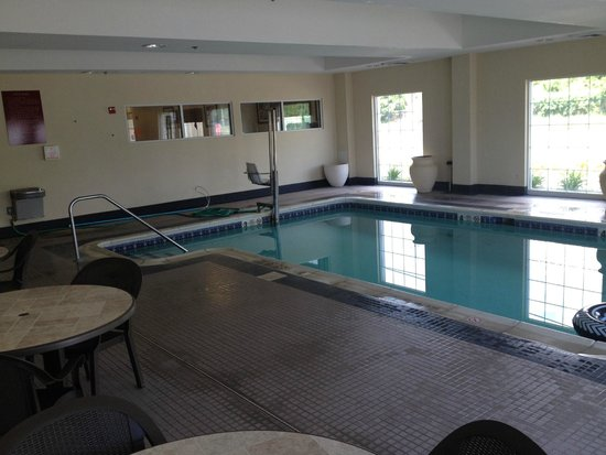 Best Western Bar Harbour Inn: Pool