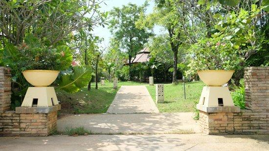 Centara Seaview Resort Khao Lak: Wide spaces