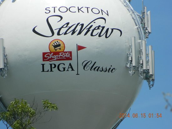 Dolce Stockton Seaview Hotel & Golf Club: Large Golf Ball sign
