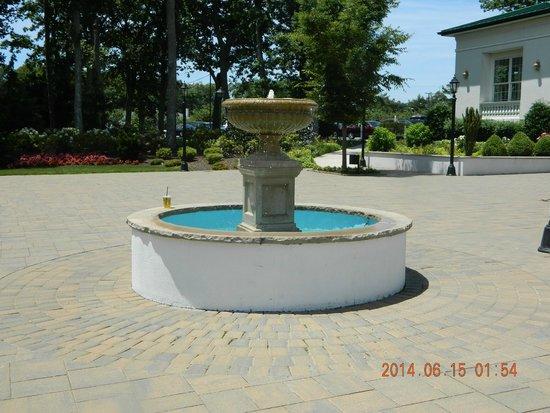 Dolce Stockton Seaview Hotel & Golf Club: fountain