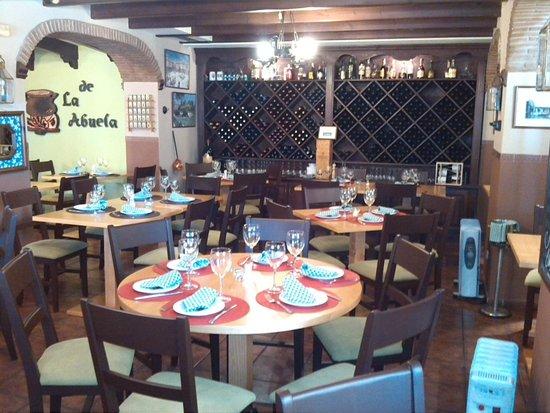 Restaurante la cocina de la abuela en marbella con cocina for Cocinas marbella