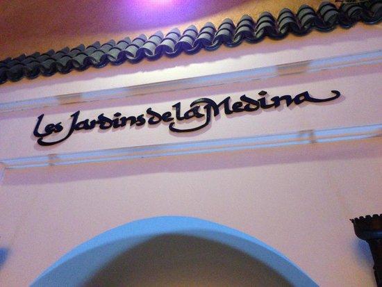 Les Jardins de la Medina: Main door