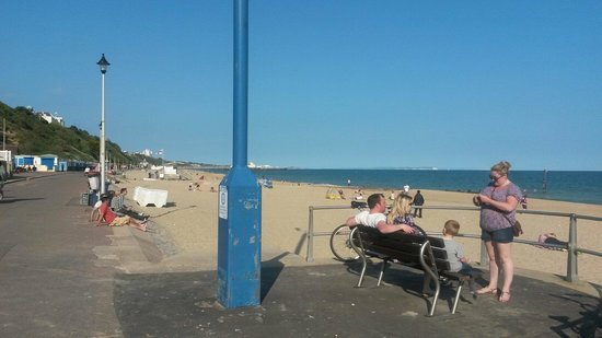 Bournemouth Beach: Nice