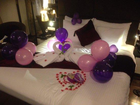 Hanoi Elegance Diamond Hotel : Honeymoon decorations