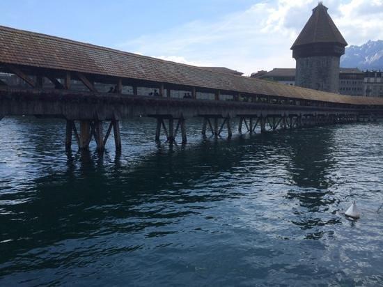 Seehotel Hermitage Luzern: luzern famous wooden bridge