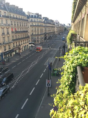 Hotel Edouard 7: View from our suite facing opposite The Opera