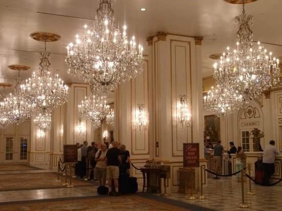 Paris Las Vegas: Reception area