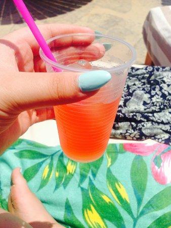 Pavlo Napa Beach Hotel: drinks