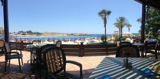 Pavlo Napa Beach Hotel: view at lunch