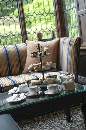 Macdonald Alveston Manor Hotel: Afternoon Tea