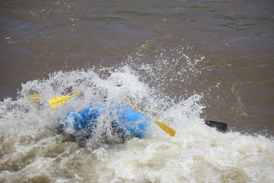 Blue Sky Adventures: Blasting through a wave