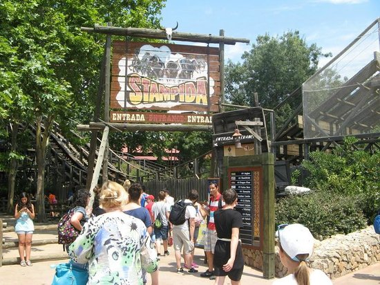 PortAventura Park: Stampida opened at 12 noon. Notice waiting times