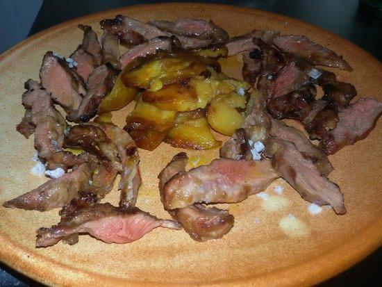El Alamo: Lagarto Ibérico a la Brasa (carne de cerdo Ibérico)