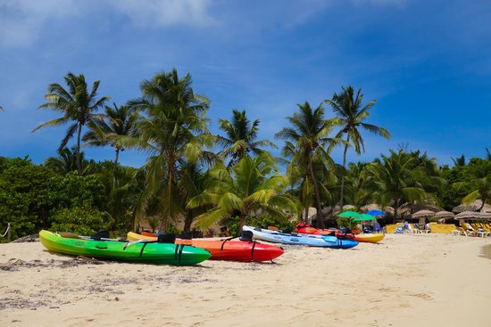 Captain Alan's Three Island Snorkeling Adventure: Pinel Island