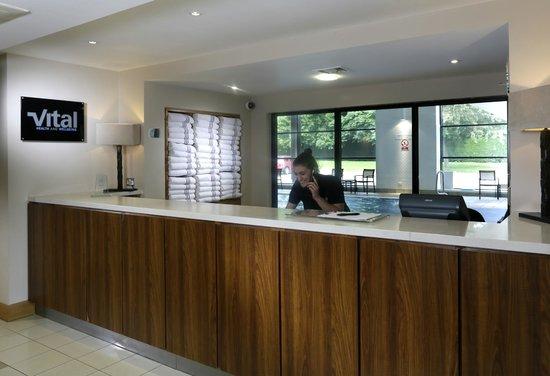 Macdonald Alveston Manor Hotel: Health Club Reception