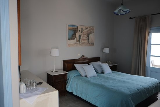 Nonis Apartments: Rooms
