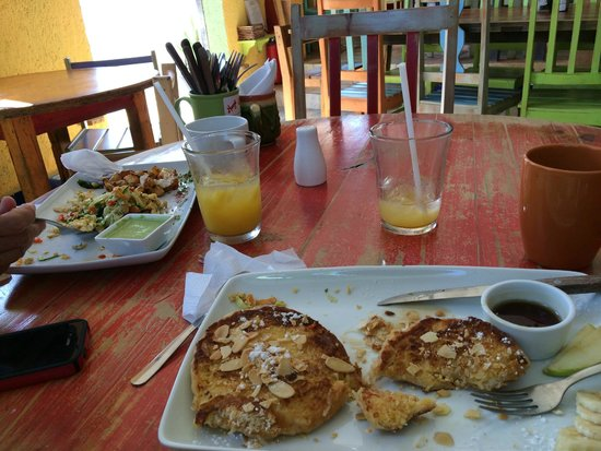 Mango Cafe: Coconut French Toast, Mayan Scramble, Organic Mexican Coffee, Mango Juice!!!