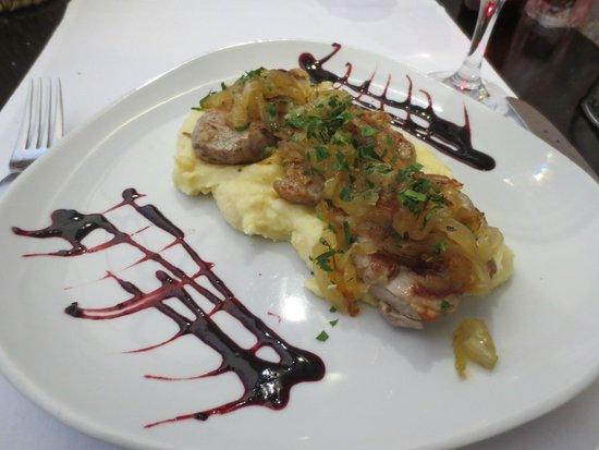 Marco Polo Restaurant: Pork Tenderloin with Carmelized Onions