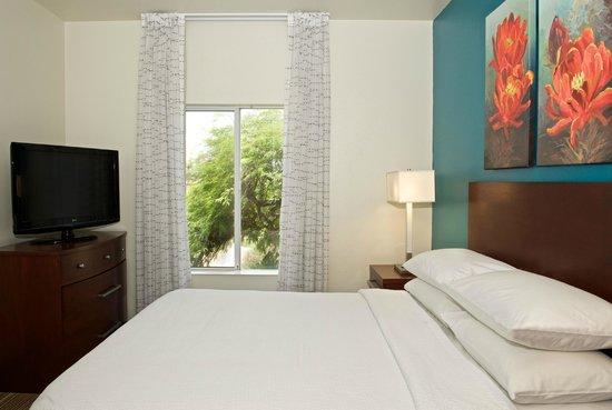 Residence Inn Palm Desert: Guest Room