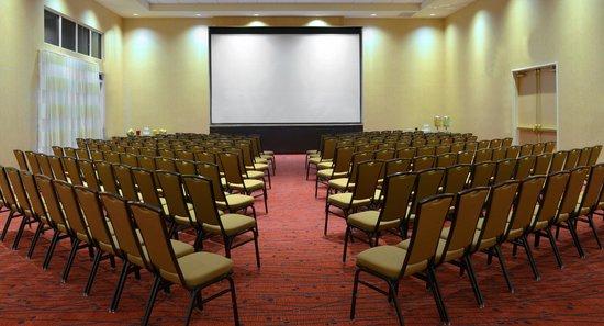 Residence Inn Palm Desert : Meeting Space