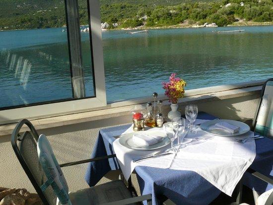 view restaurant vila koruna