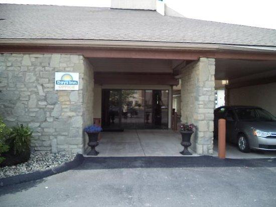 Days Inn Maumee/Toledo: office