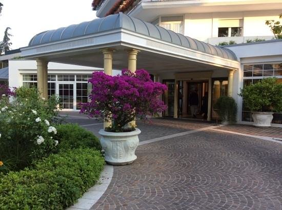 Hotel Terme Tritone Thermae & Spa: ingresso dell'hotel