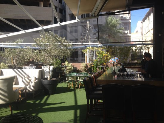 Brown TLV Urban Hotel: Roof Top Bar