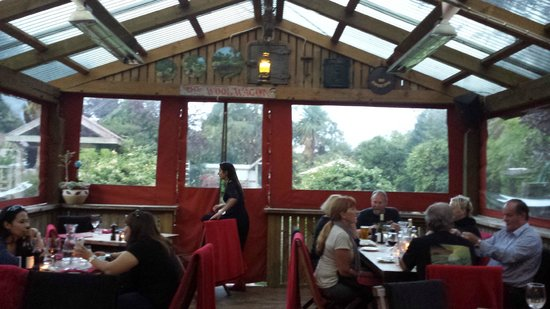 Redcliff Restaurant & Bar : Nice cozy restaurant