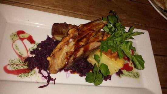 Redcliff Restaurant & Bar: CRACKLED PORK BELLY