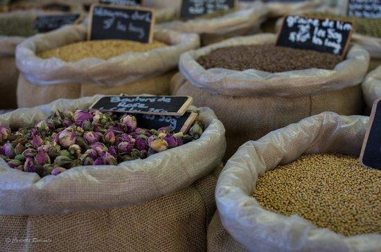Marche du Samedi Matin: spices