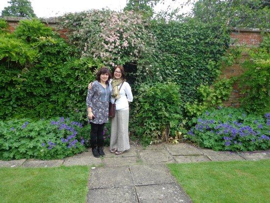 Beechfield House: Garden