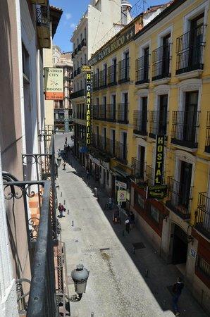 Madrid City Rooms: Вид из номера