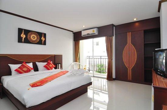 Issara Resort: deluxe room