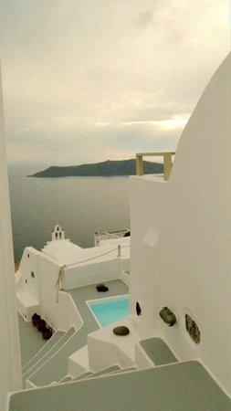 Irida Santorini : VUE CALDERA
