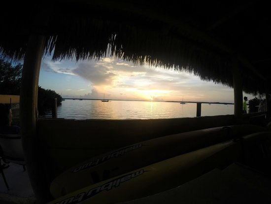 Hampton Inn Key Largo: Sunset from Beach