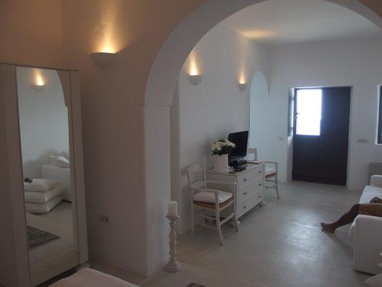Aenaon Villas: Inside Villa Kallista