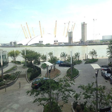 Radisson Blu Edwardian New Providence Wharf Hotel: Beautiful!!! Room view!!!
