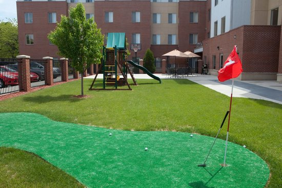 GrandStay Residential Suites Hotel - Sheboygan: Playground