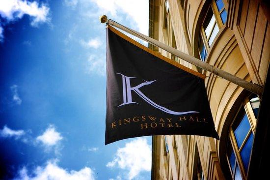 Kingsway Hall Hotel: Flag