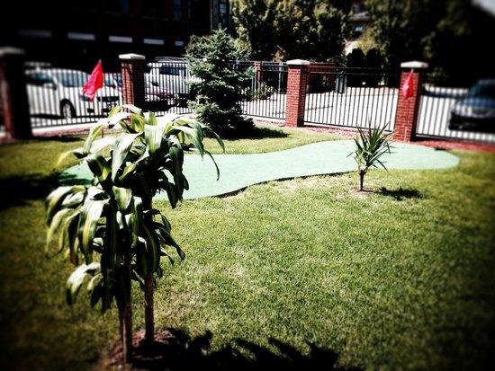 GrandStay Residential Suites Hotel - Sheboygan: Summer Palms
