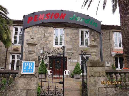 The hostal fotograf a de pensi n jard n padr n tripadvisor - Pension jardin padron ...