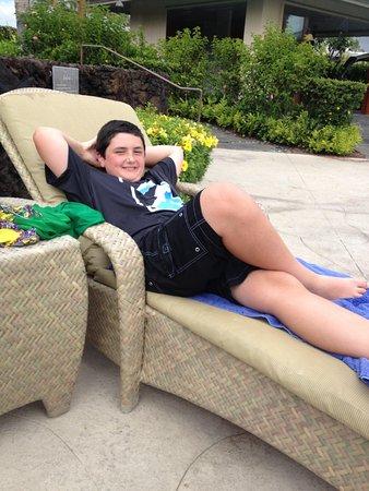 Kolea at Waikoloa Beach Resort : Chillin at the pool