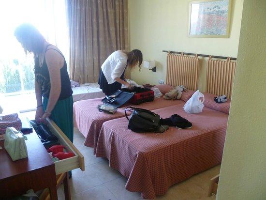 Sol Costa Daurada: Room