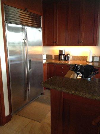 Kolea at Waikoloa Beach Resort : Professional grade kitchen 13A