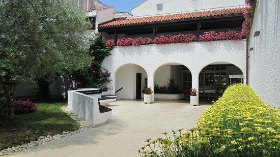 Villa Laguna Galijot: Hotelgelände